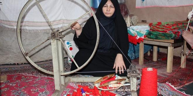 کلافگی صاحبان کارگاه های حوله بافی در دهکده نساجی ایران از کمبود و گرانی نخ
