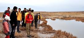 گزارش تصویری؛ تجمع دوست داران محیط زیست در حاشیه رودخانه کالشور در حمایت از پرندگان مهاجر